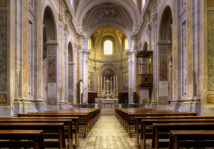 Sutri cathedral interior - 700